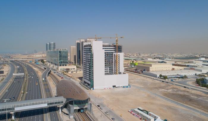 Azizi Developments achieves 85% construction progress at Aura
