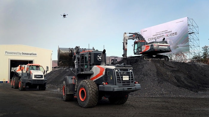Unmanned and automated construction site solutions shown by Doosan